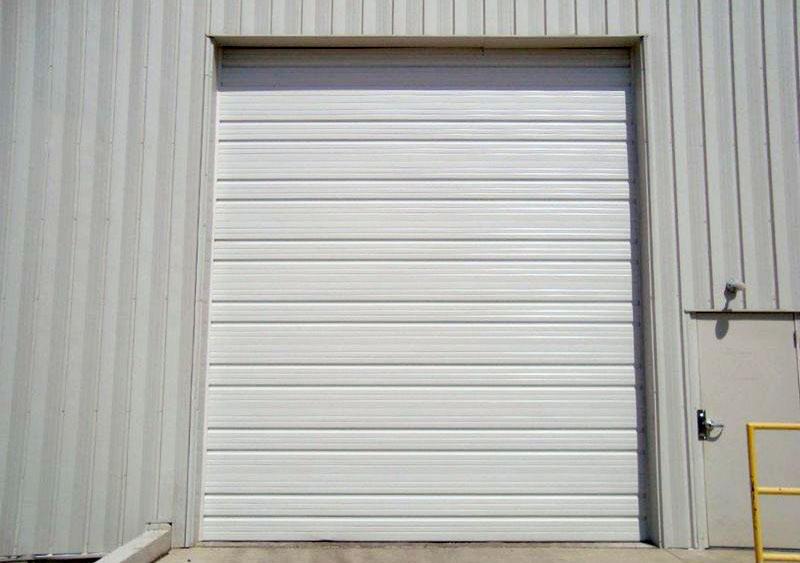 CHI 3250: Ribbed Steel Garage Door