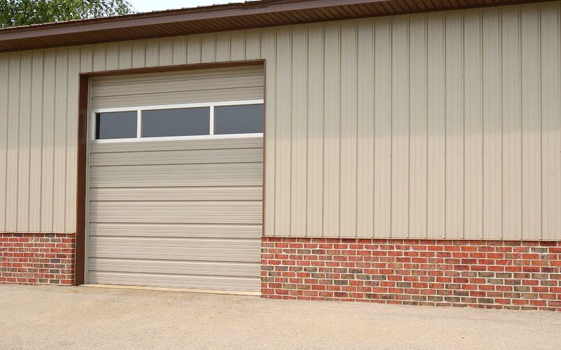 CHI Model 3242: Polystyrene Steel Garage Door